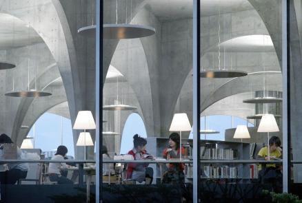 big_408182_9170_toyo-ito_tama-library-061