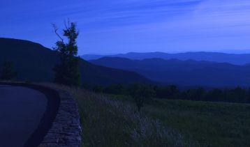 View over the town of Luray (aka Arthur still doesn't understand white balance)